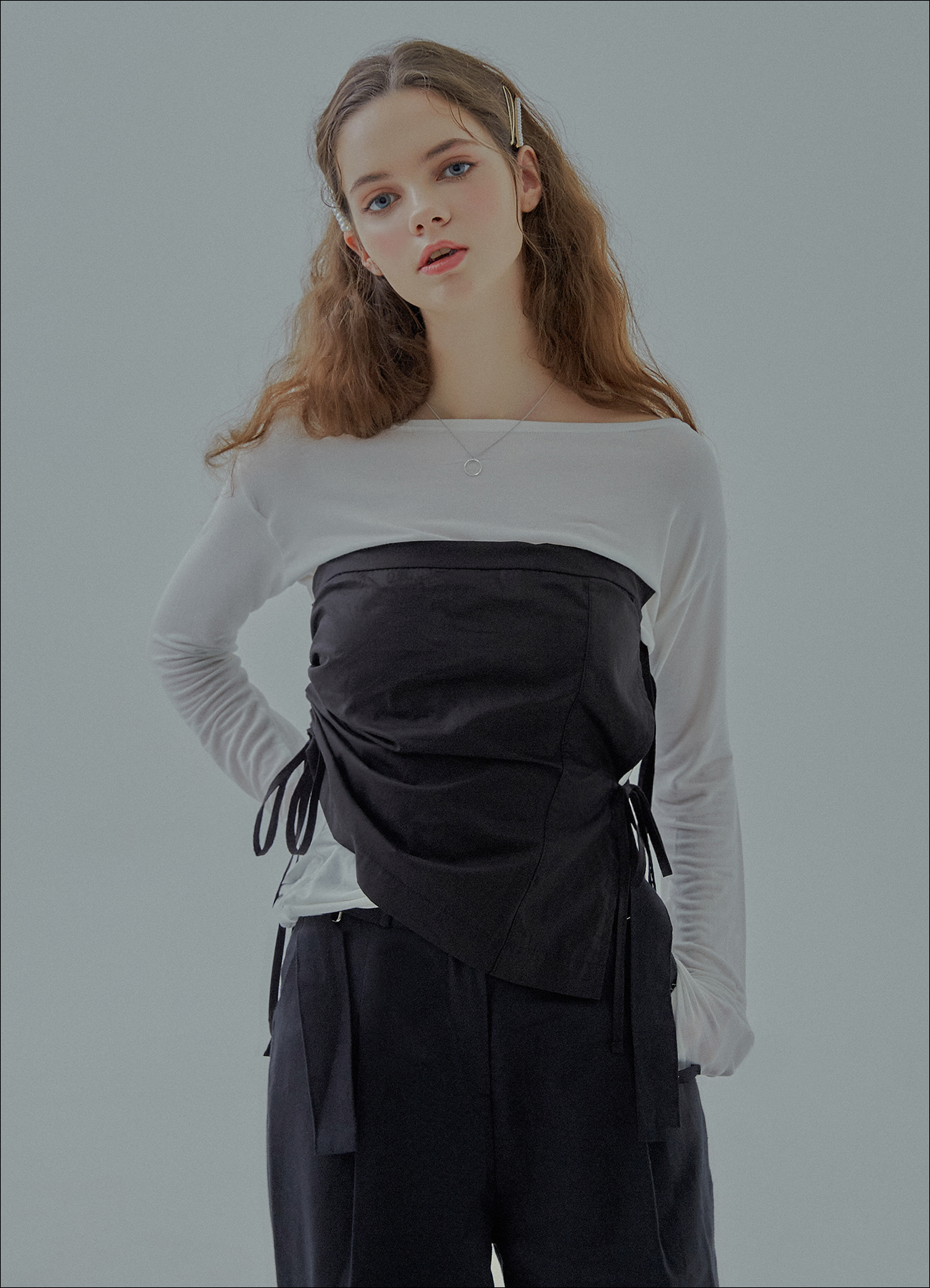 RIBBON SQUARE TOP (black)