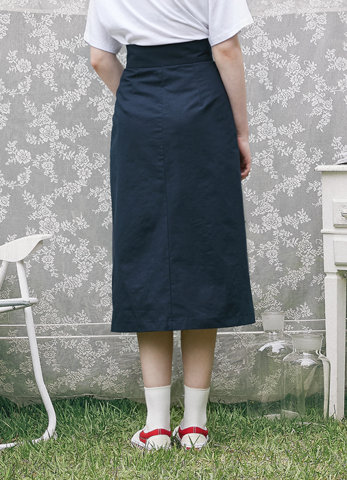 Slit Midi Skirt_(navy)